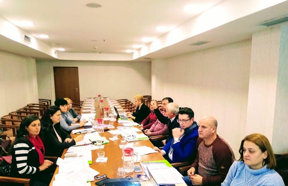 НФФ: Во 2020 посебен осврт на пласманот и младите фармери